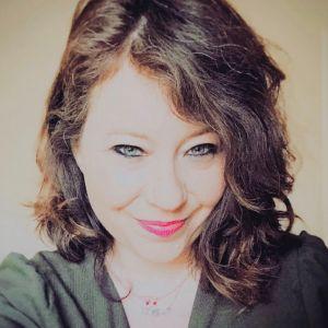 Image de profil de Ève-Lyne COMTOIS-DINEL
